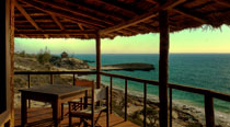 Valahantsaka resort - Restaurant - the restaurant's terrace overlooking the sea